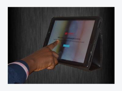 hands-on-screen